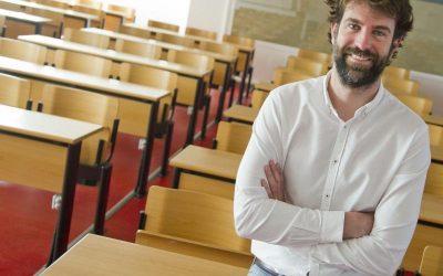 Rafael Guerrero Tomás: «Hay que permitir las emociones en el aula»